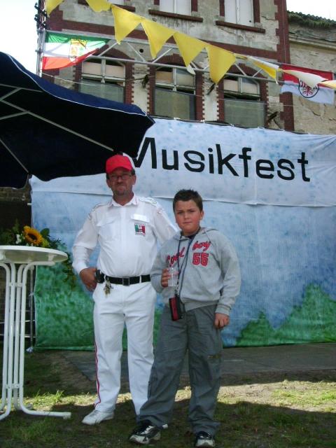 Galerie - Kategorie  12.09.2004 - Musikfest in Werder - Bild  Erstes ... 23efcd48e7d